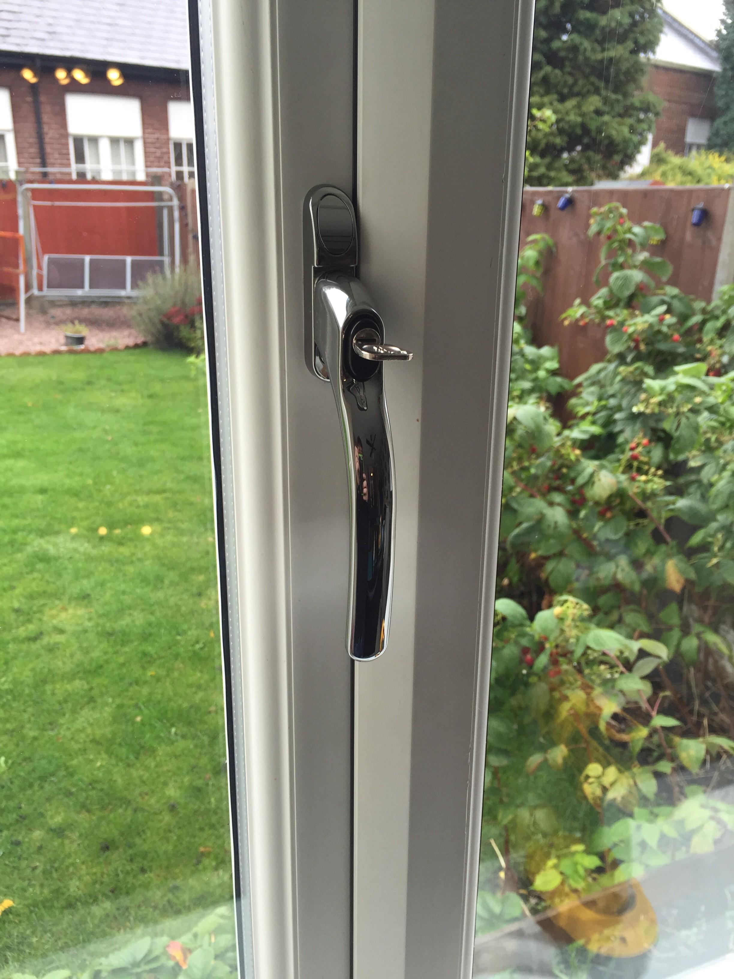 Window handle repair casement awning u0026 tilt turn for Upvc window repairs