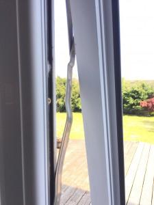 broken_upvc_window_hinge_repair_liverpool